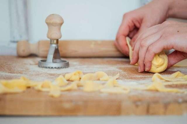 pates fraiches pasta fresca 1.jpg