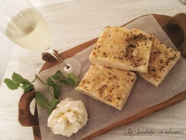 focaccia aux oignons recette italienne