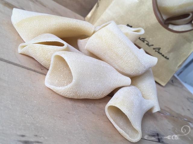 Pâtes italiennes artisanales paccheri