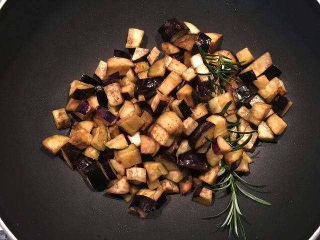 Recette salade aubergines pois chiches et menthe