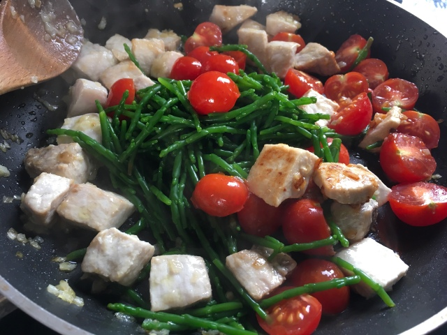 Recette spaghettis espadon, tomates cerises et salicorne